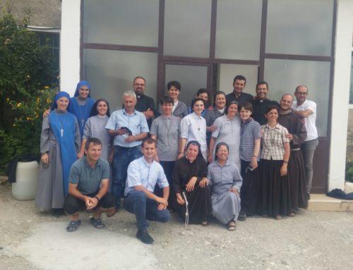 Albania: Missione popolare
