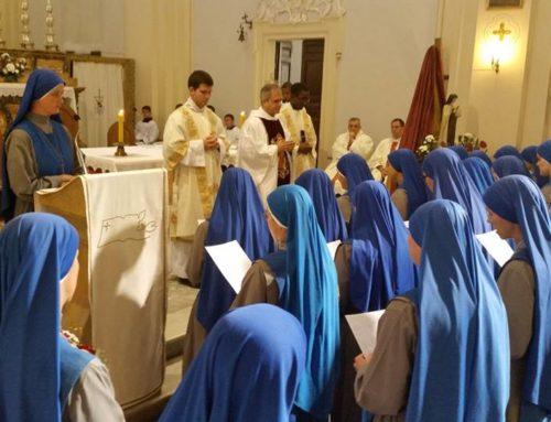 """Bagnoregio (VT), Studentato Internazionale """"Santa Teresa di Gesù""""  Rinnovazione Voti di 28 religiose"""