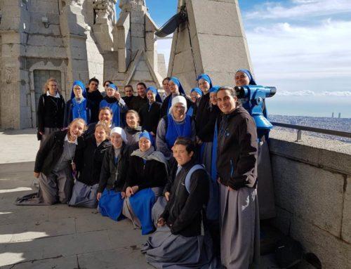 L'attuale Noviziato Internazionale accompagna le neo professe in Spagna