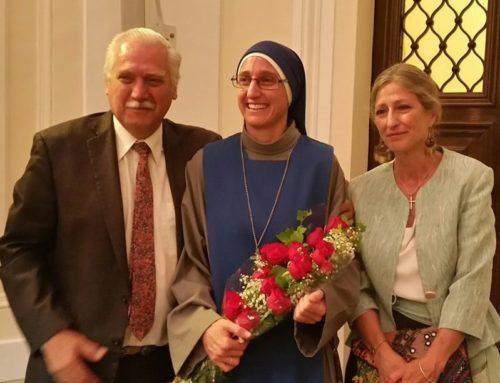 Un nuovo Dottore in Diritto Canonico per le Servidoras – suor Maria Vergine dei Tramonti Simmermacher